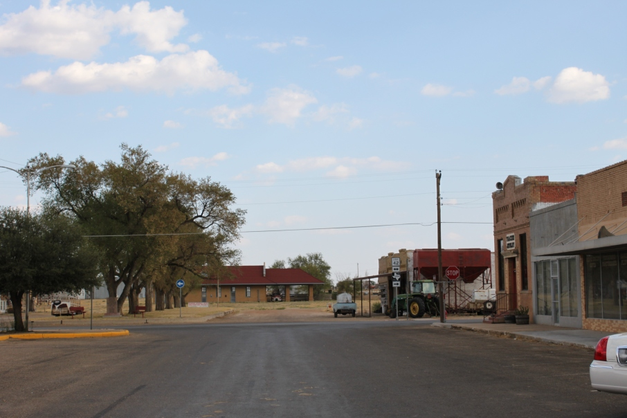 Follow along our West Texas road trip: Mineral Wells, Palo Pinto, Wichita Falls, Turkey, Matador. #roadtrip #Texas #travel