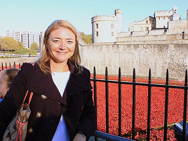The Blood Swept Lands and Seas of Red art installation at the Tower of London commemorated the centenary of the First World War in November 2014.