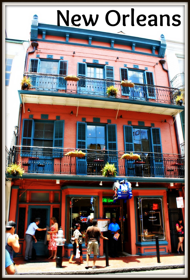 New Orleans is a fascinating city with Spanish, French and Creole influences. Its food, its architecture, its history, and its people reflect that.