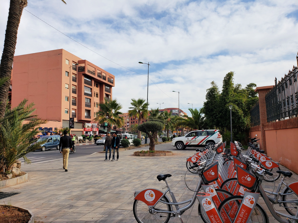 Marrakech is a fascinating and chaotic city divided in two: the old Medina and the New City. I'll show you how to visit the New City. #travel #Marrakech #Morocco