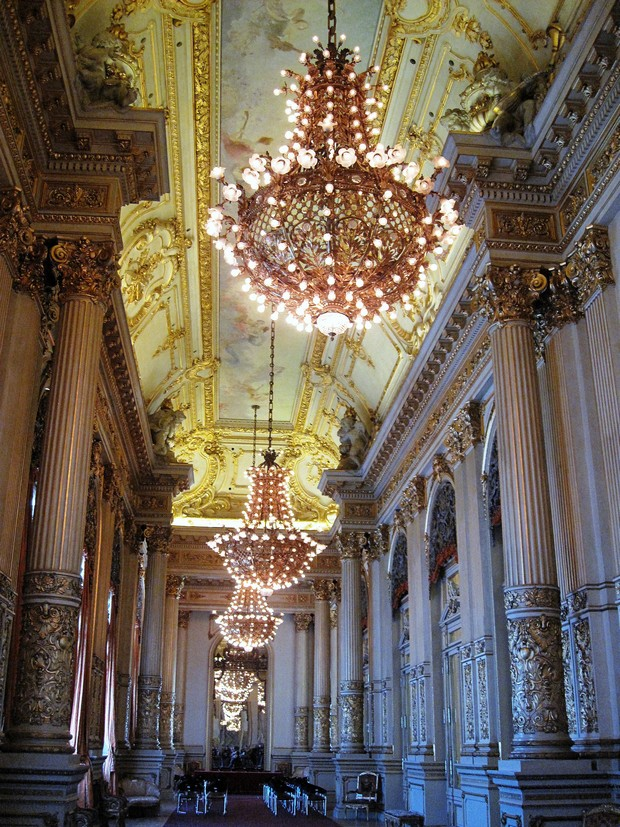 Guided visit to the magnificent Colón Opera House (1908) in Buenos Aires, Argentina #buenosaires #travel #argentina